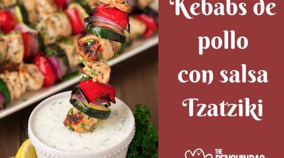 Kevaps de pollo con salsa Tzatziki